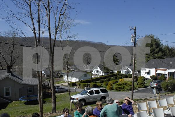 Habitat for Humanity of Unicoi County Dedicates School Street Home - April 2014