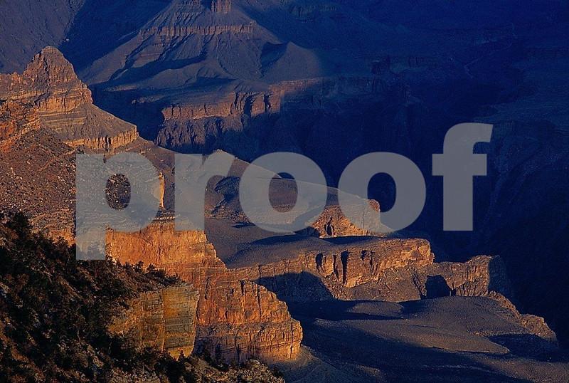 Grand Canyon, AZ  Mather Pt. 100203b.jpg