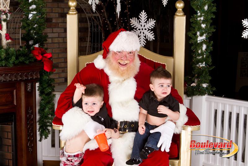 Santa Dec 8-238.jpg