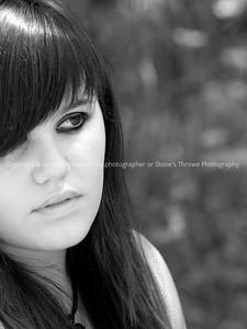 015-portrait-wdsm-06aug10-cvr-bw-max_w-6987