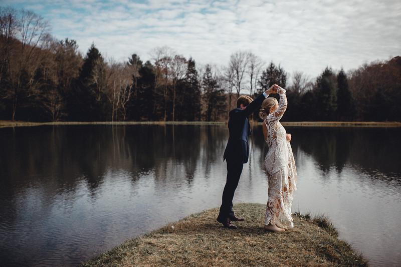 Requiem Images - Luxury Boho Winter Mountain Intimate Wedding - Seven Springs - Laurel Highlands - Blake Holly -684.jpg