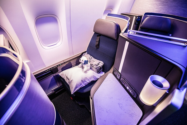 United's 777-300 Inaugural Revenue Flight, Polaris (2017-02-16)