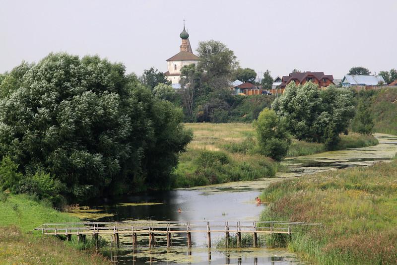 Suzdal - Kamenka River and chucrh.