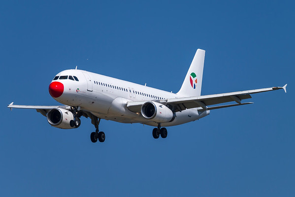 OY-LHD - Airbus A320-231