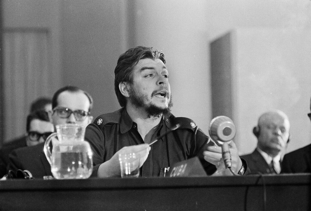". Cuban Economic Minister Ernesto ""Che\"" Guevara speaks during the closing session of the Inter-American Economic Conference at Punta del Este, Uruguay, Aug. 17, 1961.  (AP Photo)"