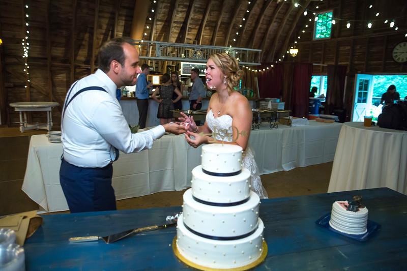 Garrett & Lisa Wedding (614).jpg