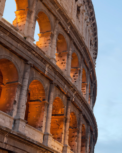 roman-colliseum-up-close.jpg
