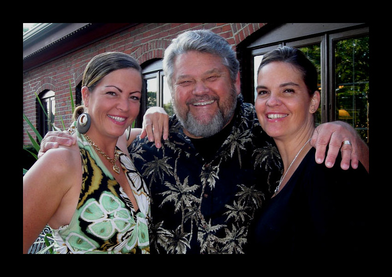 Jim Warfield with Daughters Anna and Tina - 2009.jpg