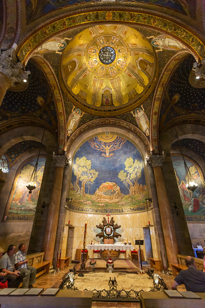 The dome above the Rock believed Jesus laid and prayed before his arrest and crucifixion