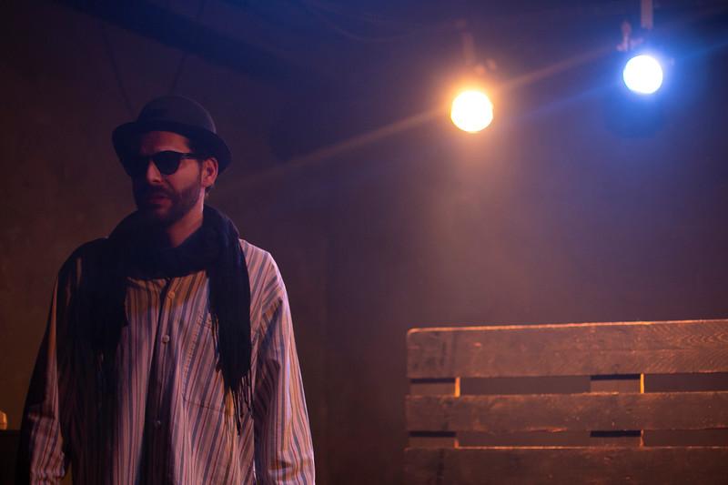 Allan Bravos - Fotografia de Teatro - Indac - Fronteiras-323.jpg