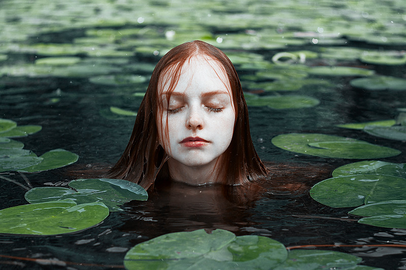 Ophelia and Water Nymphs Prints