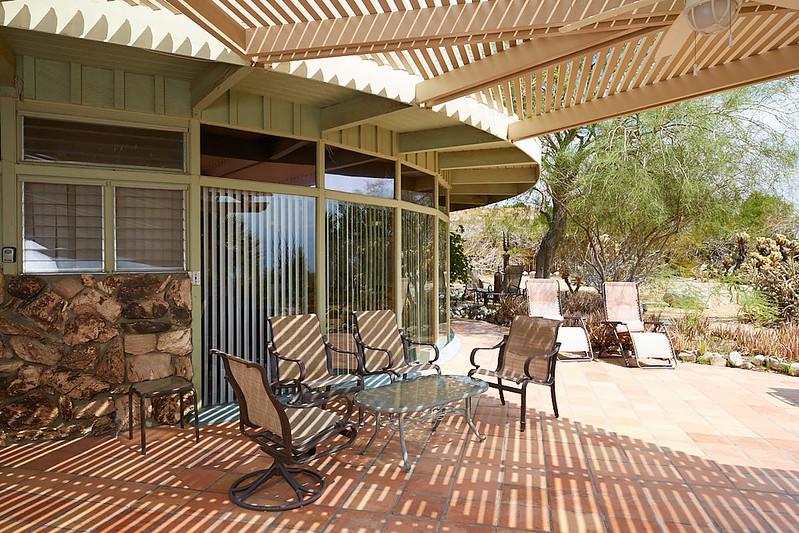DesertHouse43.jpg
