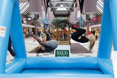 paddepoel 2014-winkelcentrum-spijkerbroek hangen