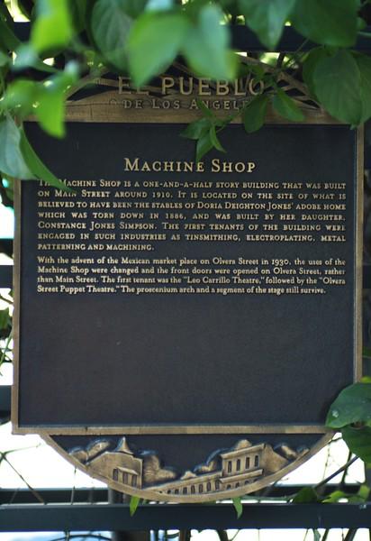 MachineShop001-PlaqueOnMainSt-2006-11-20.jpg