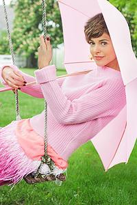 stylist-jennifer-hitzges-magazine-fashion-lifestyle-creative-space-artists-management-36-omag-pretty-pink-284x426.jpg