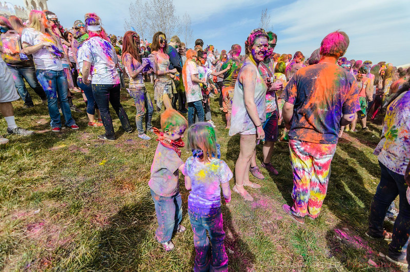 Festival-of-colors-20140329-152.jpg