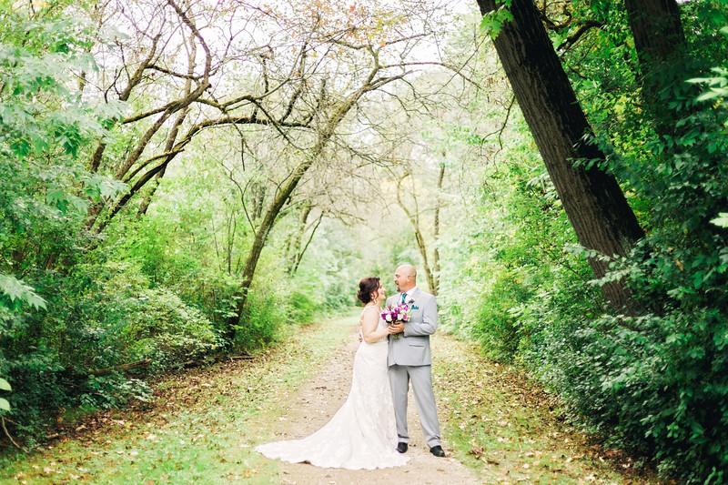chateau-on-the-river-trenton-michigan-wedding-0121.jpg