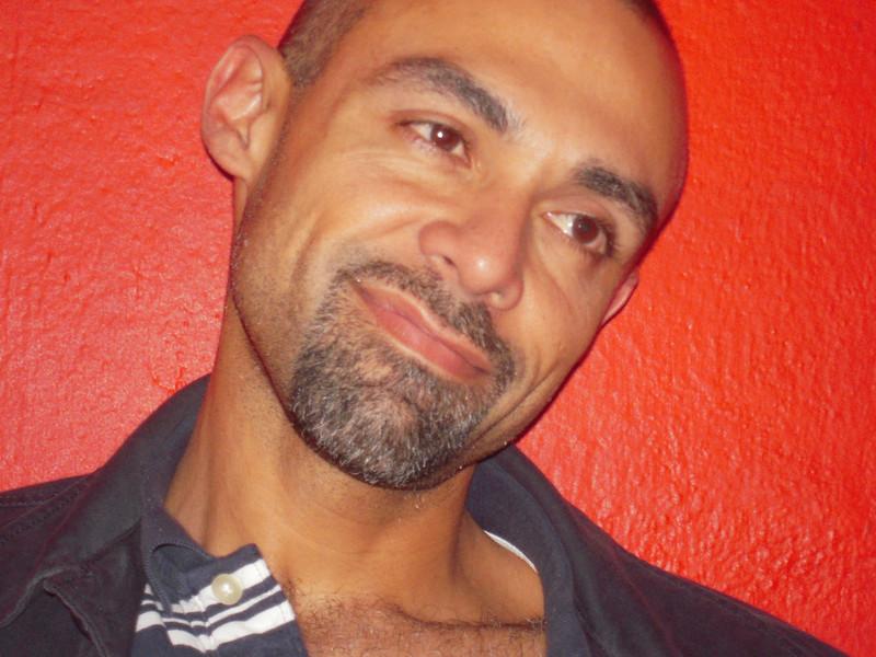 Leonardo Cordero - WONDERFUL with Ayurvedic - Pancho Karma, Liberation Healing, NeuroMuscular, Therapy, Lymphonic Drainage Massage, personal retreats with: http://LifeEnjoyer.com http://DisfruteLaVida.com http://TerapiaAlternativa.net
