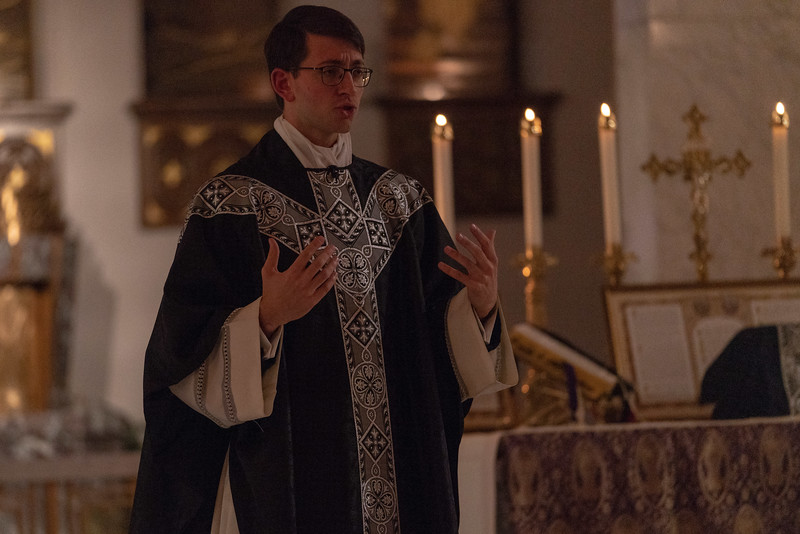 20191114_Requiem_Mass_Photos_for_For_Social_NDNHP_008.jpg
