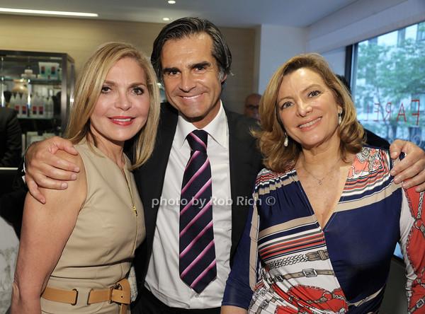 Dr.Suzanne Levine, Julien Farel, Dr.Ana Vila Joya