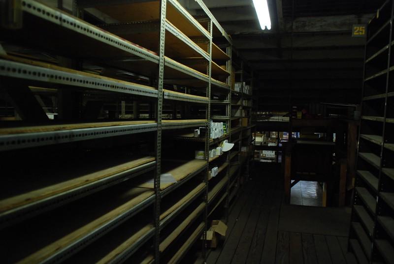 2010, Shelves