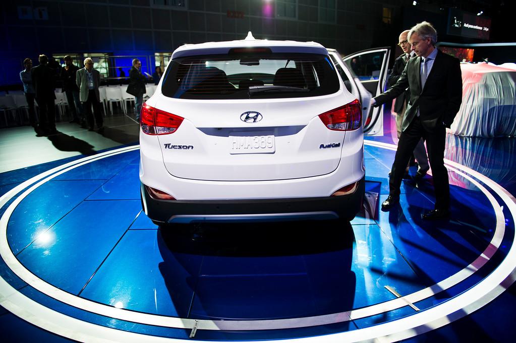 . Hyundai Tuscon hydrogen fuel cell car on display during Los Angeles Auto Show on Wednesday, Nov. 20, 2013, in Los Angeles. (Photo by Watchara Phomicinda/San Gabriel Valley Tribune)