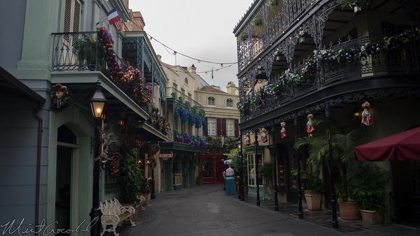 Disneyland Resort, Disneyland, New Orleans Square, New, Orleans, Square, Christmas, Christmas Time, Mardi Gras, Mardi, Gras