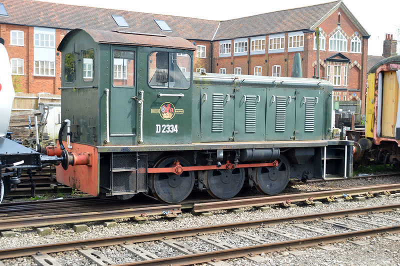Class 04 D2334 at Dereham on MNR.