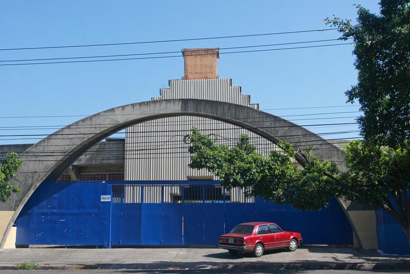 Churches, Edificios, Collectibles and Statues de El Salvador