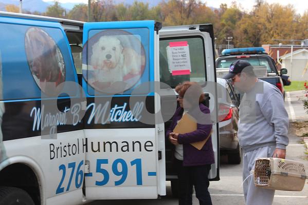 Animal Shelter Hosts Spay/Neuter Event - October 2014