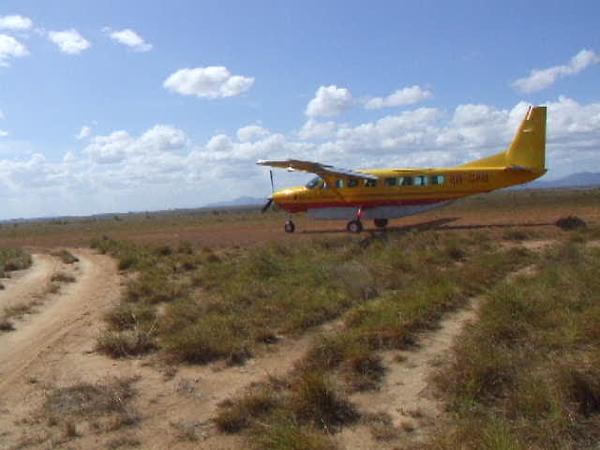 DSCF0776 plane's dep.AVI