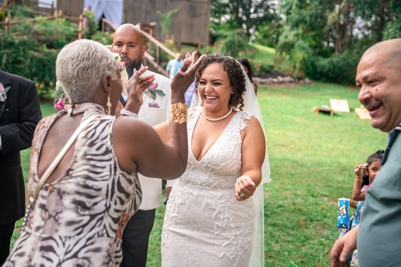 Rob & Gladys Wedding (955).jpg