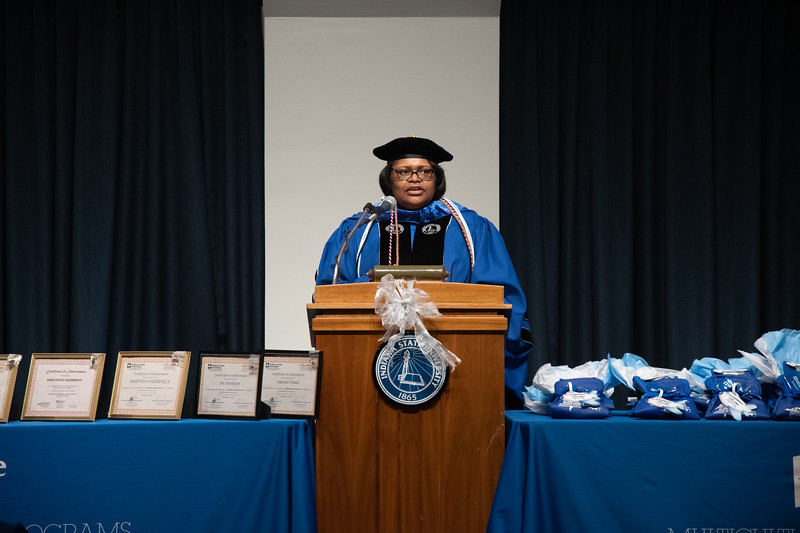 04 December 2019-Hispanic Global Graduation-5529.jpg