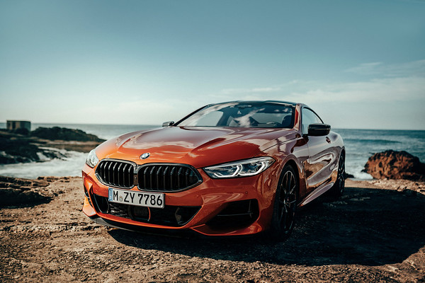 The new BMW M850i xDrive Coupe - Lifestyle (10_2018)