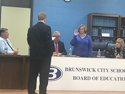 Brunswick swears in new school board members