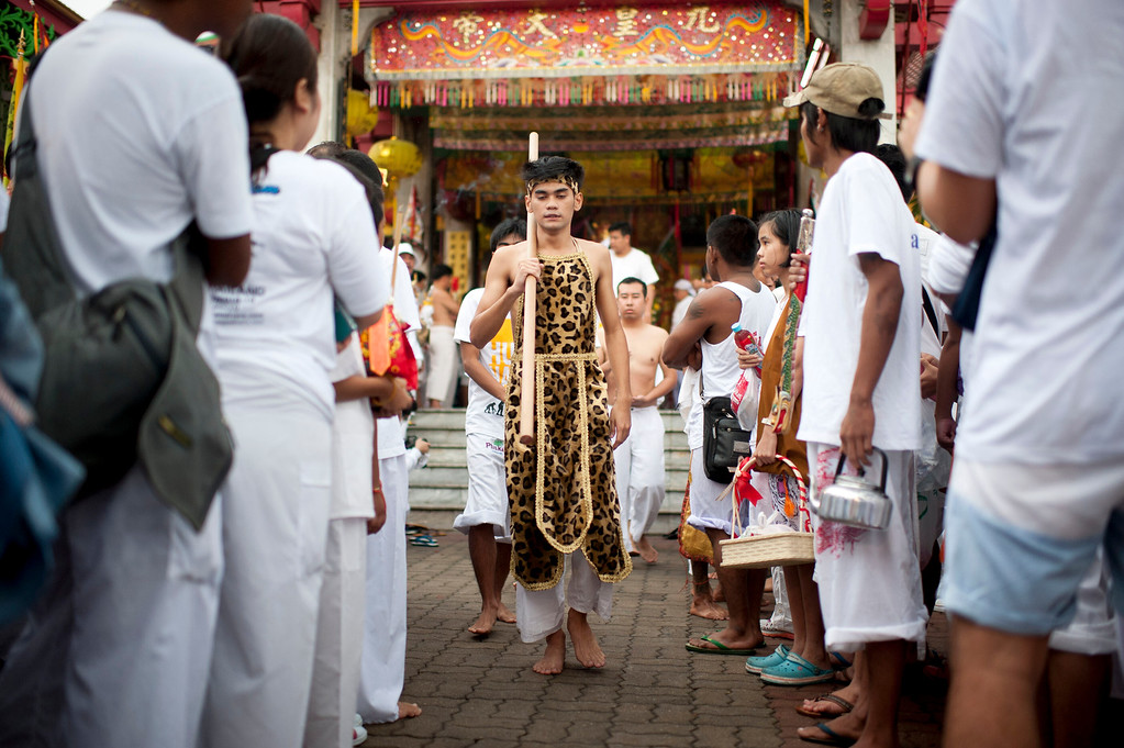 . Vegetarian festival devotee get out the temple to parade through the streets at the Jui Tui shrine on September 30, 2014 in Phuket, Thailand.  (Photo by Borja Sanchez-Trillo/Getty Images)
