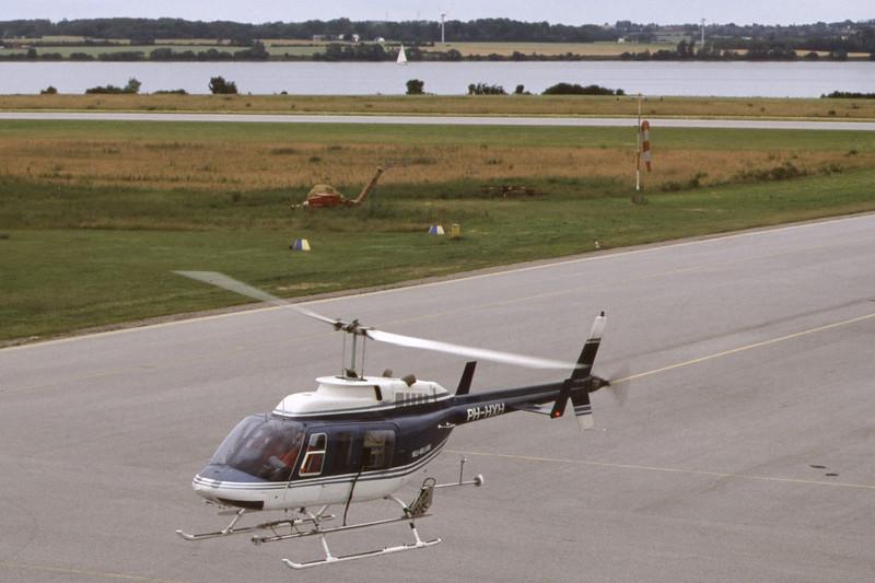 PH-HXH-Bell206L-Private-EKSB-2000-06-22-IT-32-KBVPCollection.jpg