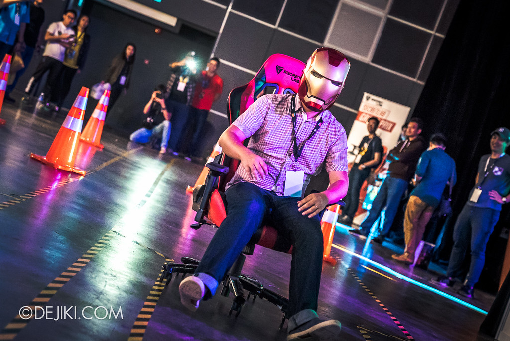 GameStart 2016 - Secretlab Grand Prix Chair Race in action 3