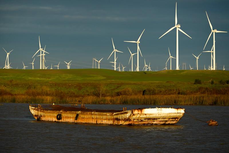 Delta Barge 1-0758.jpg