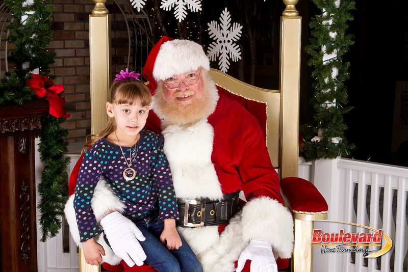 Santa Dec 8-47.jpg