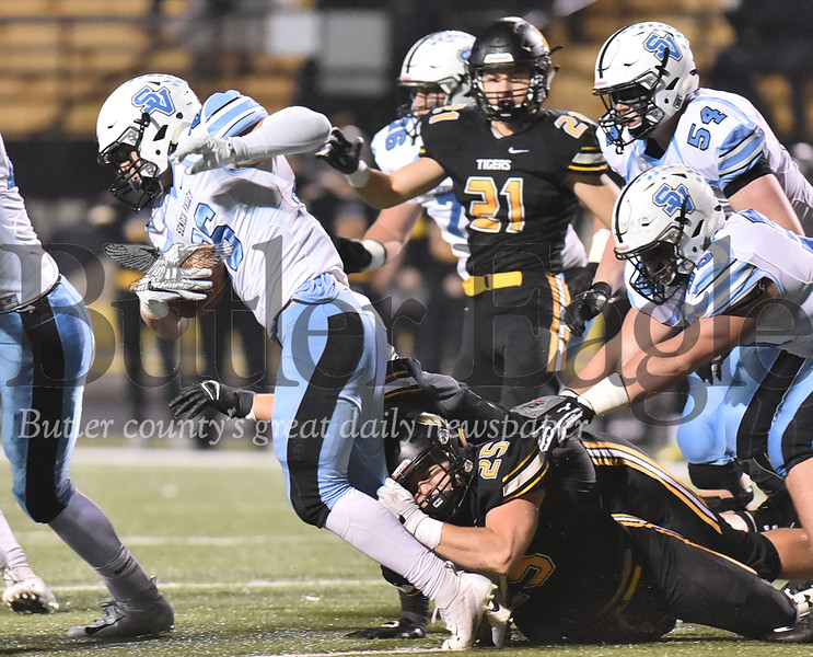 79761 Seneca Valley vs North Allegheny   in a WPIAL class 6A semi final playoff football game   at North Allegheny