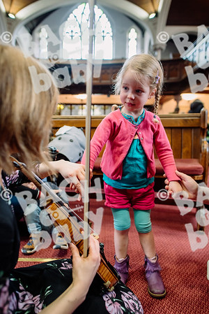 © Bach to Baby 2018_Alejandro Tamagno_Muswell Hill_2018-04-12 056.jpg