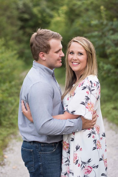Knoxville-Engagement-Photographers-8.jpg
