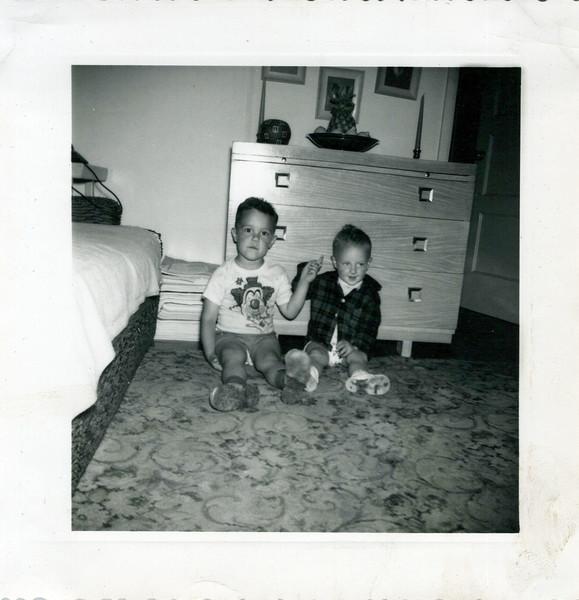 1952 Butch pointing at Ken.jpeg