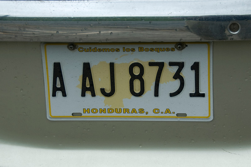 Vehicle license plate in Roatan, Honduras