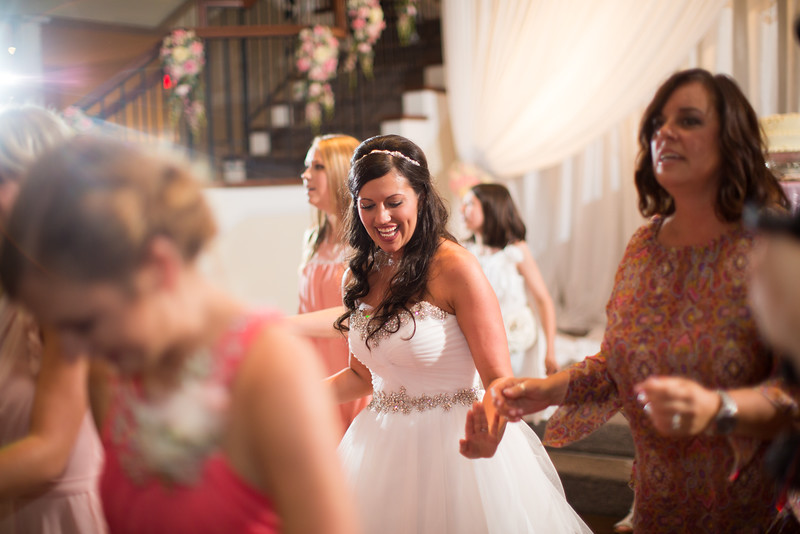1036_Josh+Lindsey_Wedding.jpg
