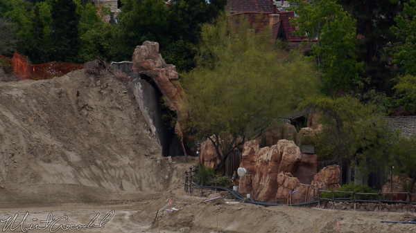 Disneyland Resort, Disneyland, Mickey, Friends, Parking, Structure, Frontierland, Critter, Country, Rivers, River, America, Star, Wars, Land