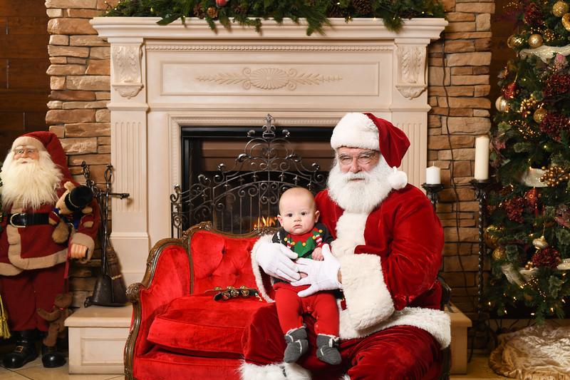 Santa2018.TylerBoye.-234.jpg