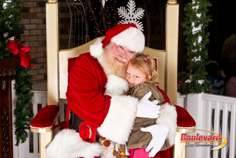 Santa Dec 8-134.jpg