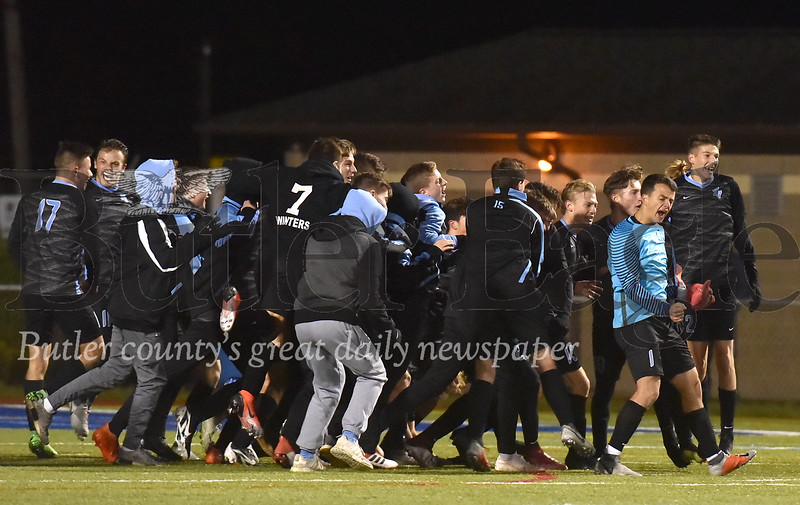 66043 Seneca Valley vs Canon-McMillian WPIAL 4A Boys Soccer semi-finals game at Mars